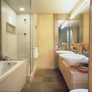lampu di kamar mandi